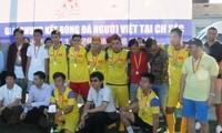 Sôi nổi vòng chung kết giải bóng đá người Việt Nam tại Cộng hòa Cezch