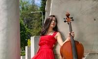Tiếng đàn violoncelle của nghệ sĩ Hoài Xuân, nghiên cứu sinh Việt Nam tại Rumani
