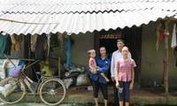 Tình nguyện viên quốc tế hỗ trợ xây nhà cho hộ nghèo tại Phú Thọ