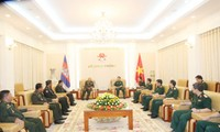 Việt Nam – Campuchia tăng cường đào tạo và tập huấn cán bộ quân sự