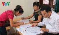 Ngày 21/6, các thí sinh đến điểm thi làm thủ tục dự thi THPT quốc gia năm 2017