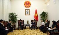 Việt Nam và Lào tăng cường hợp tác về y tế