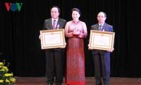 Trao tặng Huân chương của Chủ tịch nước Việt Nam cho các cá nhân nước Cộng hòa Dân chủ nhân dân Lào