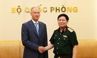 Đại tướng Ngô Xuân Lịch tiếp Thư ký Hội đồng An ninh Quốc gia Liên bang Nga Nikolai Patrushev