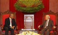 Tổng Bí thư Nguyễn Phú Trọng tiếp Đại sứ Cuba Herminio López Diazt