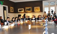 Phó Thủ tướng Vương Đình Huệ thăm làm việc tại Bỉ