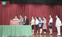Cộng đồng người Việt Nam tại Lào đóng góp ủng hộ đồng bào bị ảnh hưởng bởi thiên tai