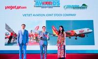 """Vietjet vừa được vinh danh """"Hãng hàng không tiên phong"""""""