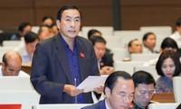 Quốc hội tiếp tục thảo luận về tình hình hình kinh tế-xã hội và ngân sách