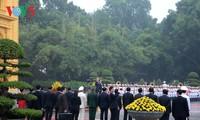 Chủ tịch nước Trần Đại Quang chủ trì lễ đón Tổng thống Hoa Kỳ Donald Trump