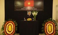 Lễ viếng và mở Sổ tang Nguyên Thủ tướng Phan Văn Khải tại trụ sở Đại sứ quán Việt Nam tại Bangladesh