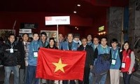 Vietnamese winners at 24th International Olympiad in Informatics