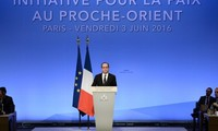France urges Israel, Palestine to promote peace