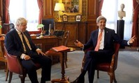 UK, US calls on Russia to persuade Assad to return to Syrian talks