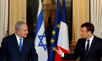 Macron asks Netanyahu to break peace deadlock