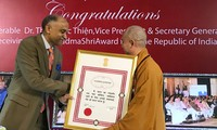 Buddhist monk becomes first Vietnamese to receive India's Padma Shri award