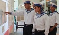 """Khai mạc triển lãm chuyên đề """"Chủ quyền Việt Nam trên biển Đông và Hoàng Sa – Trường Sa"""""""
