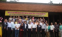 Du xuân hữu nghị cùng bạn bè quốc tế tại Hà Nội