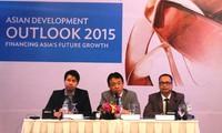 ADB dự báo kinh tế châu Á tăng trưởng ổn định trong 2 năm 2015 và 2016