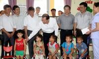 Phó Thủ tướng Vũ Văn Ninh thị sát việc xây dựng nông thôn mới ở tỉnh Lạng Sơn