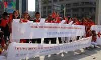 Người Việt Nam tại Hàn Quốc biểu tình phản đối Trung Quốc