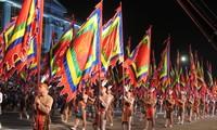 Giỗ Tổ Hùng Vương - Lễ hội Đền Hùng 2016: Sôi động lễ hội dân gian đường phố