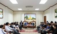 Lãnh đạo Lào đánh giá cao hợp tác giữa Bộ Công thương Việt Nam với các bộ của Lào