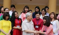 Tổng Bí thư Nguyễn Phú Trọng tiếp xúc cử tri quận Tây Hồ, Hà Nội