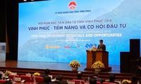 Thủ tướng Nguyễn Xuân Phúc dự Hội nghị xúc tiến đầu tư tỉnh Vĩnh Phúc năm 2016