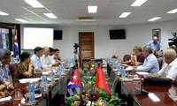 Công đoàn Việt Nam và Cuba tăng cường quan hệ hữu nghị truyền thống