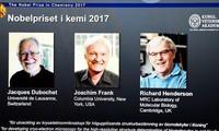 Nobel Hóa học 2017 vinh danh công trình phát triển kính hiển vi điện tử nghiệm lạnh