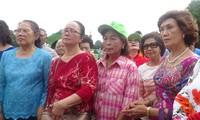 Đoàn cựu giáo viên kiều bào Thái Lan kết thúc hành trình thăm quê hương