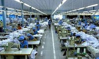 Thương nhân Việt Nam được nhận gia công hàng hóa hợp pháp cho thương nhân nước ngoài