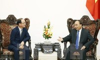 Prime Minister praises Samsung's contributions to Vietnam's economy