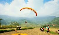 Khau Pha paragliding festival promotes Yen Bai tourism