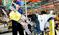 Vietnam attracts nearly 22 billion USD of FDI