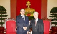 Vietnamese leaders affirm stronger ties with Laos