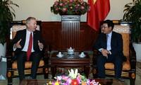 Deputy PM meets outgoing US ambassador