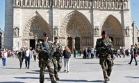 World strengthens security at Christmas