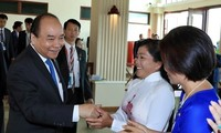 PM meets Vietnamese Cambodians in Cambodia