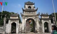 ទស្សនាវត្ត Chuong នៅខេត្ត Hung Yen
