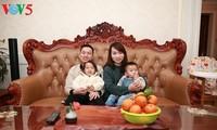 ជនជាតិវៀតណាមនៅ្រខេត្ត Guangzhou អាឡោះអាល័យបុណ្យតេតប្រពៃណីងវៀតណាម