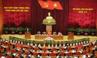 Жители страны приветствуют успех 12-го съезда Компартии Вьетнама