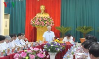 Party leader calls on Nghe An to fulfil potential