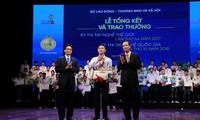 Winners of national, world skills competitions honored