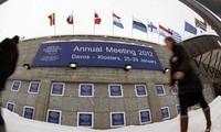 ฟอรั่มเศรษฐกิจโลกเดวอส2012 ได้เน้นหารือเกี่ยวกับอนาคตของสกุลเงินยูโร