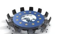 ยูโรโซนประชุมฉุกเฉินเพื่อแก้ไขปัญหาหนี้ของกรีซ