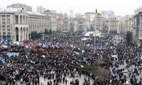 เกิดการชุมนุมครั้งใหญ่ในยูเครน