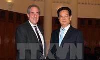 ผู้นำรัฐบาลเวียดนามให้การต้อนรับตัวแทนการค้าสหรัฐ