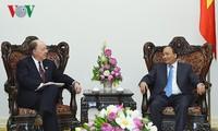 นายกรัฐมนตรีเวียดนามให้การต้อนรับคณะผู้แทนของสภาประกอบธุรกิจสหรัฐ-อาเซียน